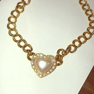 Vntg Avon Heart Necklace